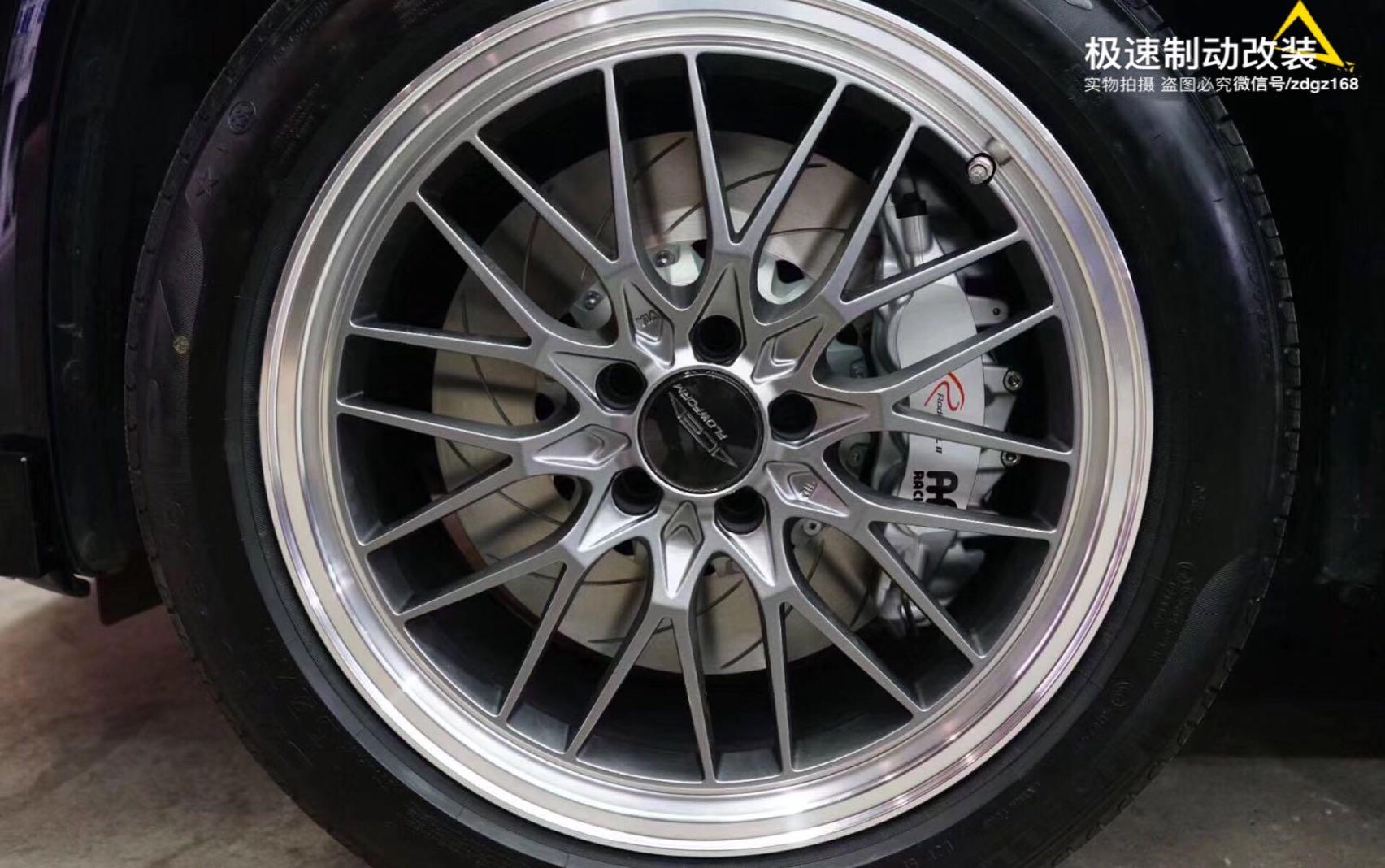 BMW宝马X3 G08刹车升级前Ap9560大六380碟盘,后370加大碟,完美上车!