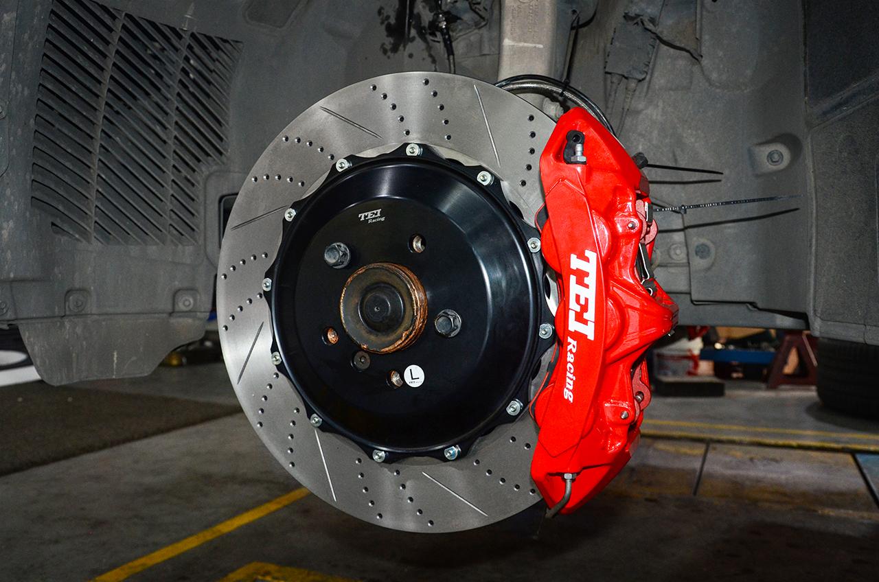 宝马X5改装刹车案例TEI Racing S系列刹车