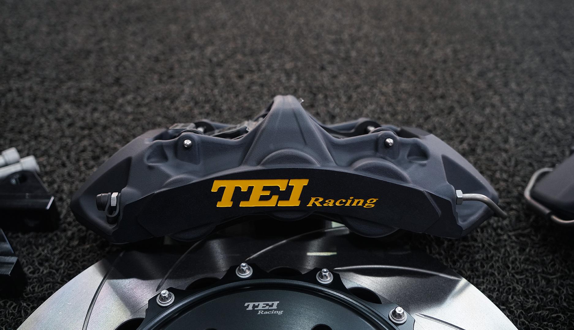 丰田埃尔法改装TEI Racing S60 Super竞技版高