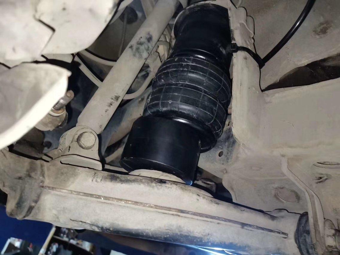 奔驰S320-W140 AIRBFT气动避震 三段记忆版本 AIRBFT静音泵 手机APP遥控