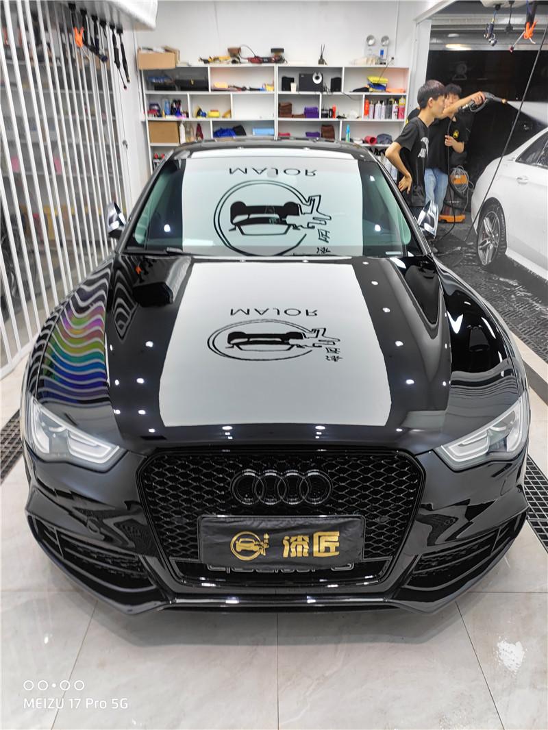 奥迪S5装贴STEK DYNO系列亮黑隐形车衣