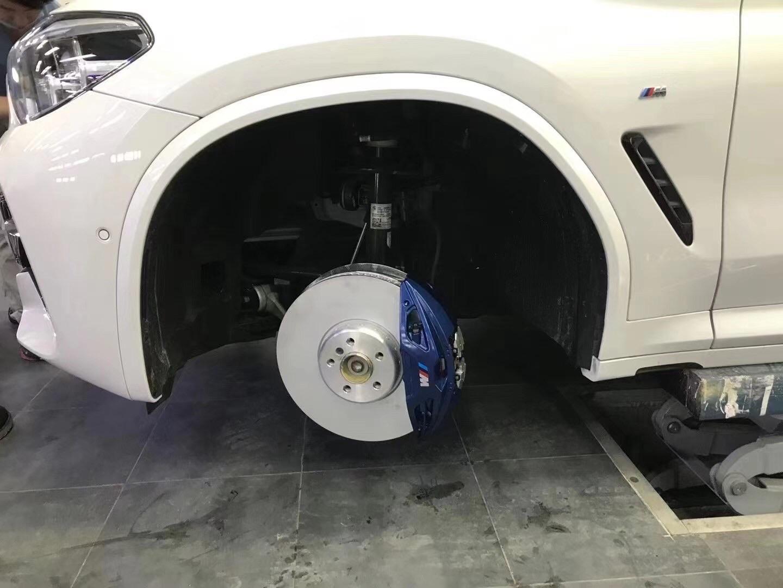 宝马新X3/升级前轮Mp大四刹车/原装位安装