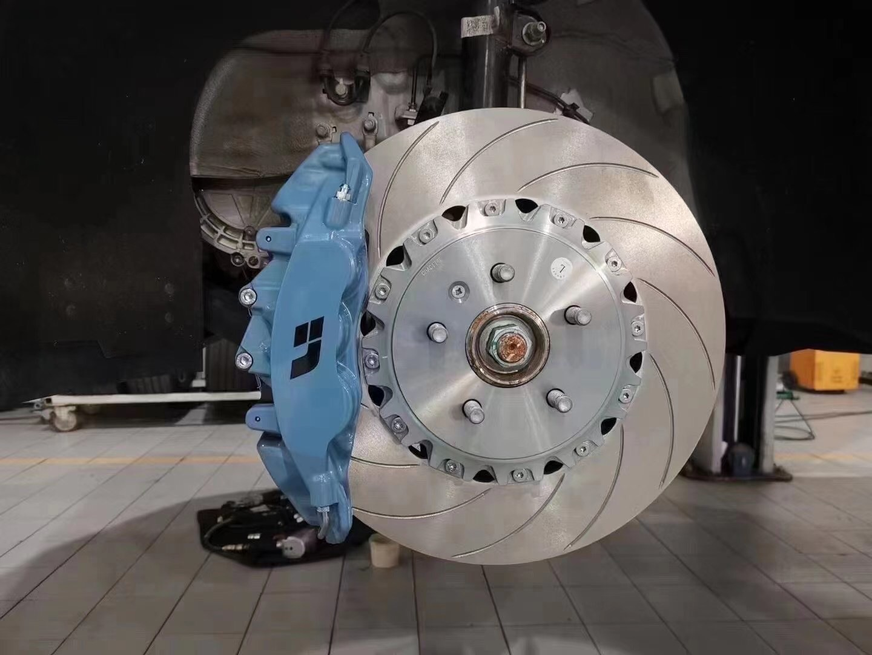 理想ONE,刹车升级AP9560大六刹车套装,定制理想涂装[色]
