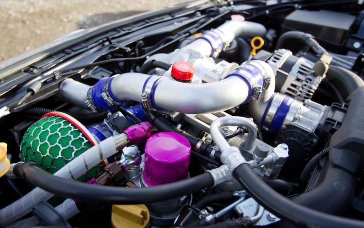 斯巴鲁brz加装新的hks gt增压器包 高清图片