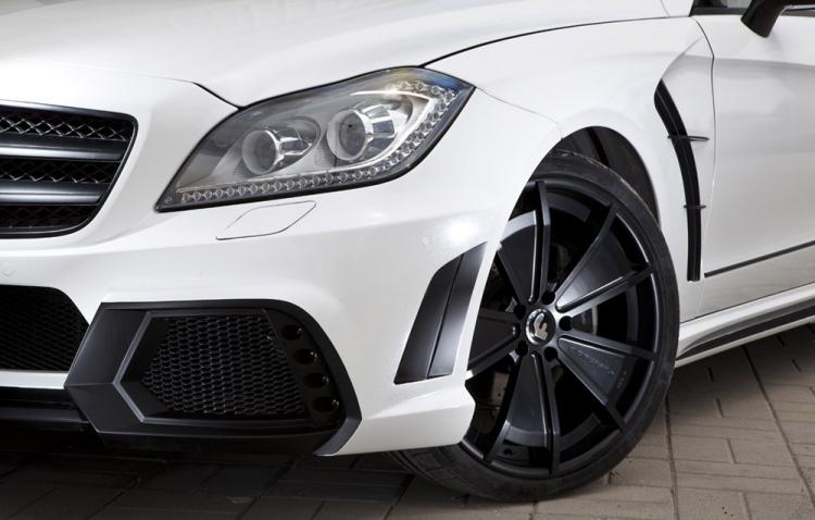 奔驰CLS改装WALD包围 车身珠光白 哑光黑 -改装案例 改联网 汽车改图片