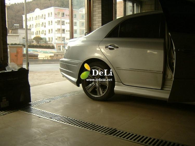 大连德利汽车改装锐志改装AP刹车LED大灯轮毂排气高清图片