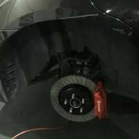克莱斯勒300C安装BREMBO刹车