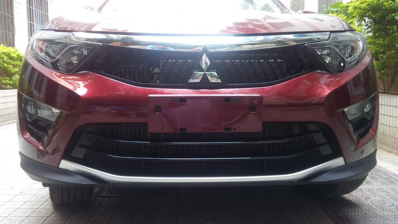 东南DX7改装三菱标中网 DX7汽车改装中网高清图片
