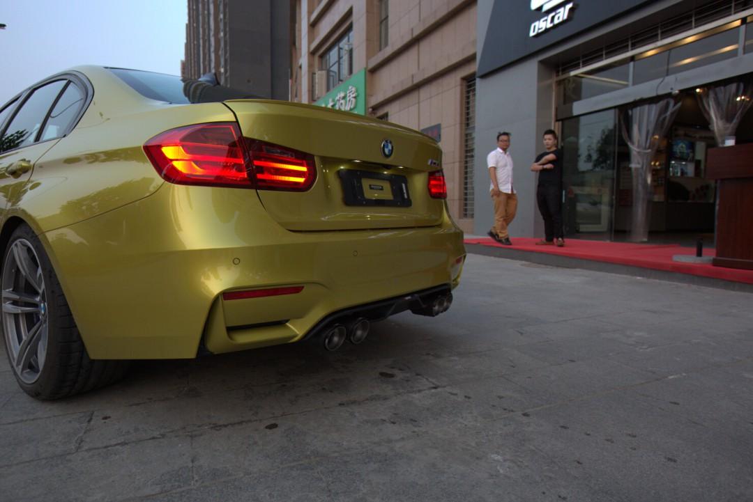 宝马M3改装天蝎排气高清图片