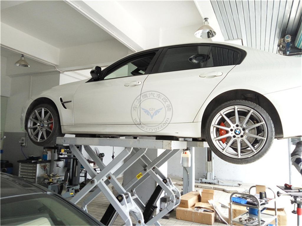 宝马3系改装 完美的排气声浪 稳当的刹车高清图片
