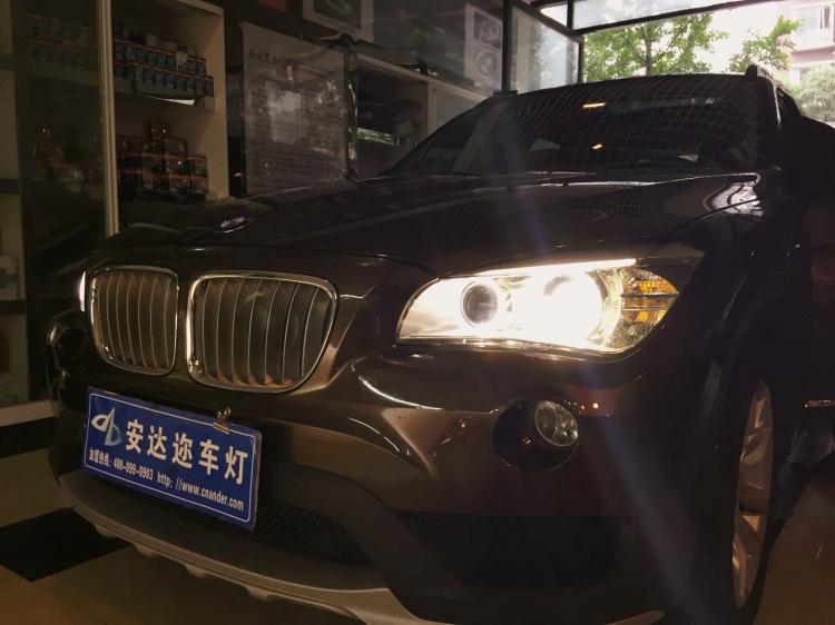 成都改装车灯 宝马x1升级LED氙气大灯总成高清图片