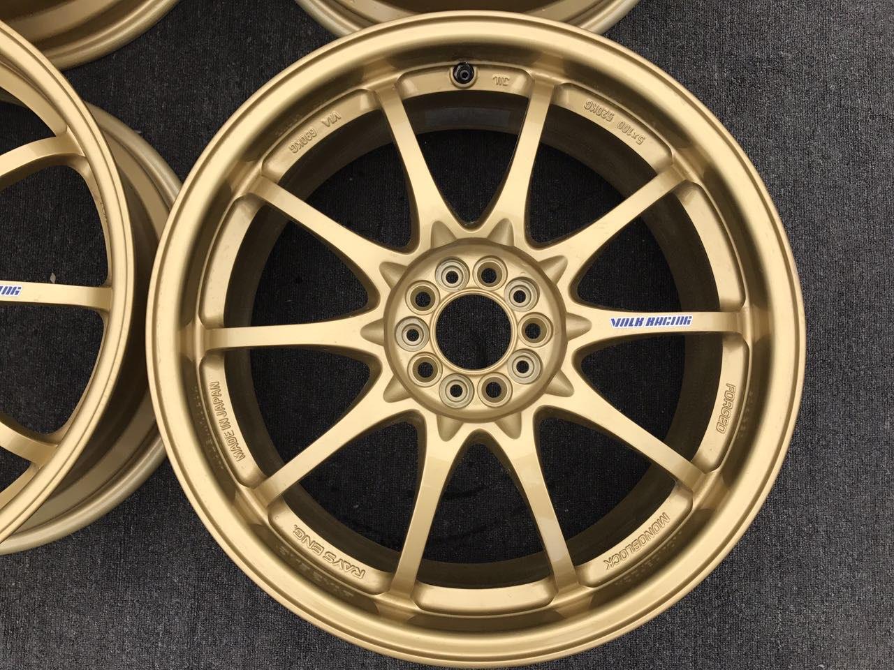 精品二手轮毂 Rays ce28n 金色 18in 7.5J ET47,5 100 高尔夫5 奥迪A1 WRX Ct200. 单个重量8KG 现货侍候,欢迎聊天 得意