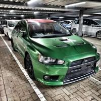 三菱EVO车身改色贴膜超亮金属军绿