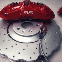奥迪RS6刹车卡钳刹车改装