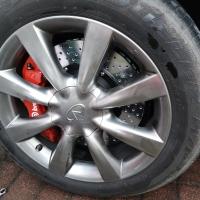 英菲尼迪QX50改装BREMBO升级刹车卡钳改装