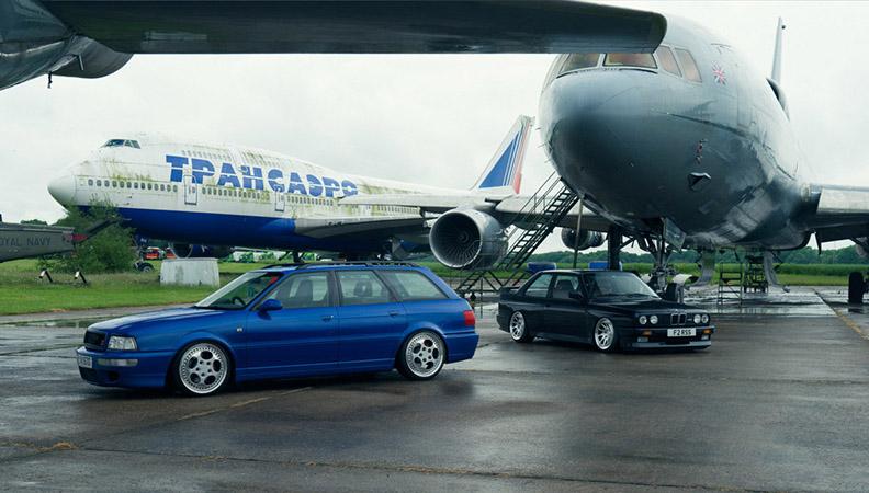 不分伯庸 宝马M3与奥迪RS2 Avant间的较量