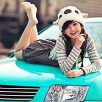 青涩日记:邻家女孩与驾驶者的偶遇