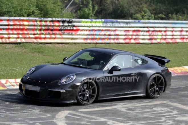 车辆在高速行驶中的稳定性.值得提出的是,保时捷新911 gt3还高清图片