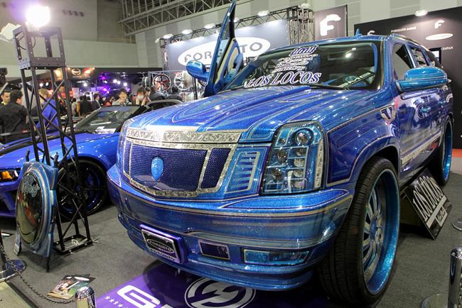 蓝色海洋涂装凯迪拉克SUV-奢华贵族 FORGIATO轮毂参展东京改装展高清图片