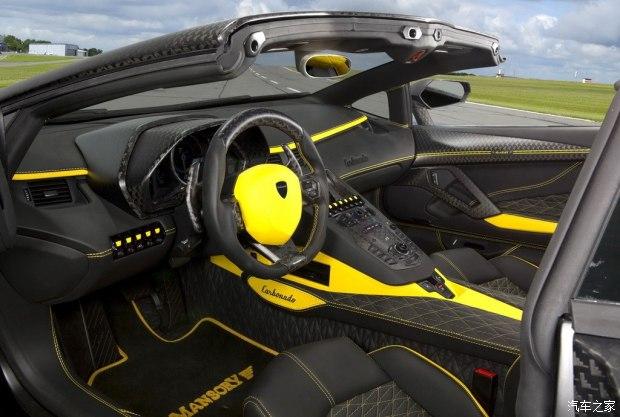 兰博基尼 Aventador 2013款 LP 700-4 Roadster
