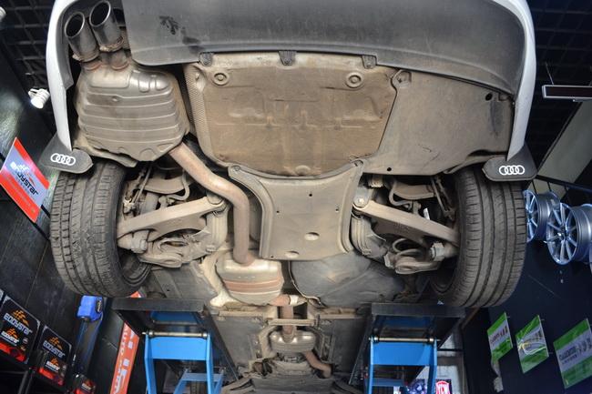 动力升级要领 奥迪A4L改K2Motor排气高清图片