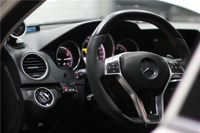 奔驰C300保养PENRITE高性能机油高清图片